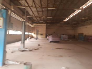 to Let-warehouse About 1000sqm at Central Area Fct Abuja, Central Business District, Abuja, Warehouse for Rent