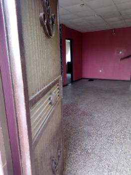Lovely 3 Bedroom, Fola Agoro, Yaba, Lagos, Flat for Rent