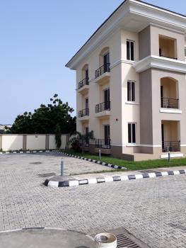 Luxury 3 Bedrooms Apartments, Admiralty Way, Lekki Phase 1, Lekki, Lagos, Flat for Rent