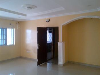 an Absolutely Clean 2 Bedroom Flat Upstairs with Rooms En Suite, Osapa London / Ologolo Jakande Axis, Lekki, Lagos, Flat for Rent