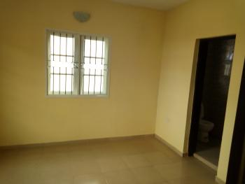 a Lovely Office to Share on The Major Road @ Sabo Yaba Lagos., Harbert Macaulay Way, Sabo, Yaba, Lagos, Commercial Property for Rent