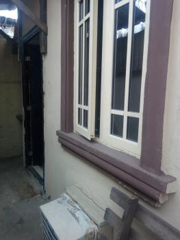 Beautiful Room Self Bq, Alagomeji, Yaba, Lagos, Self Contained (studio) Flat for Rent