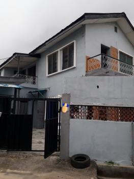 Top Floor of Spacious Detached Duplex, Off Falolu Road, Ogunlana, Surulere, Lagos, Semi-detached Duplex for Rent
