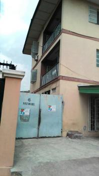 a Newly Renovated 4 Bedroom with 2 Toilets and Baths, Ojuelegba, Surulere, Lagos, Flat for Rent