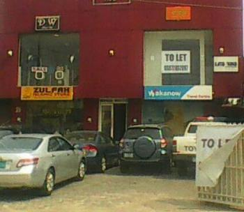 Shop Space, Surulere, Lagos, Shop for Rent