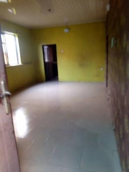 Clean 2 Bedroom Upstairs, Off Cole Street Lawanson, Itire-ikate, Surulere, Lagos, Flat for Rent