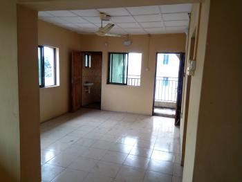 a Lovely Clean 3br Flat @ Alagomeji By Third Mainland Yaba, Alagomeji, Yaba, Lagos, Flat for Rent
