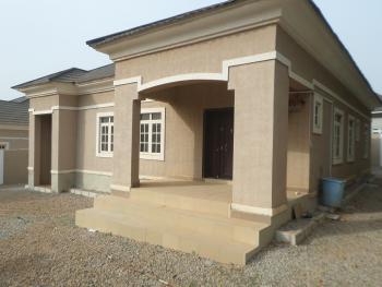3 Bedroom Flat, Gwarinpa Estate, Gwarinpa, Abuja, Detached Bungalow for Rent