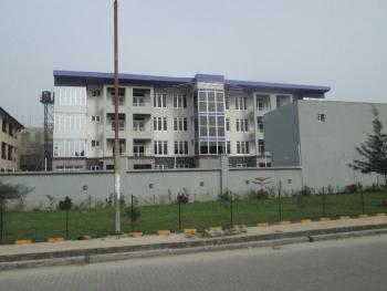 3 Bedroom Flat with Good Finishing, Lekki Phase 1, Lekki, Lagos, Flat for Rent