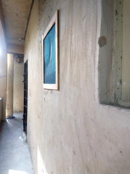 New Room Self, Oyingbo, Yaba, Lagos, Self Contained (studio) Flat for Rent