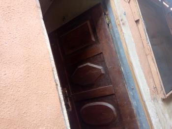 Renovation Self Con, Iwaya, Yaba, Lagos, Self Contained (studio) Flat for Rent