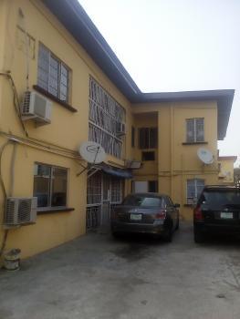 3 Bedroom Flat (upstairs), Ogunlowo Street,ikeja By Lagoon Hospital, Adeniyi Jones, Ikeja, Lagos, Flat for Rent