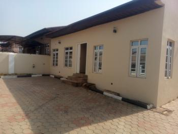 a Neatly Maintained 3 Bedroom Bungalow, Sunnyvale Estate, Dakwo, Abuja, Semi-detached Bungalow for Rent