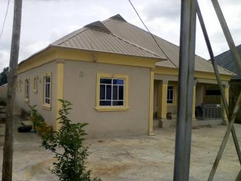 Luxury 5 Bedroom Flat with Excellent Facilities, Cocacola Road, Unity, Ilorin East, Kwara, Terraced Bungalow for Sale