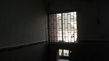 a Lovely Spacious Living Room 2 Bedroom Flat, Alagomeji, Yaba, Lagos, Flat for Rent