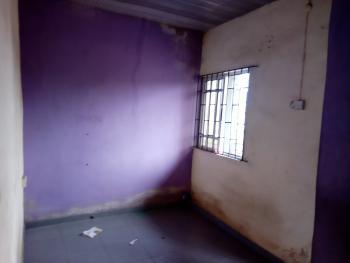 a Lovely Nice Mini Flat  @ Adekunle By Third Mainland Yaba, Adekunle, Yaba, Lagos, Mini Flat for Rent