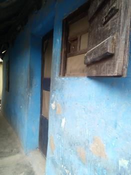 Decent and Portable Ordinary Room & Parlor, Fola Agoro, Yaba, Lagos, Detached Bungalow for Rent