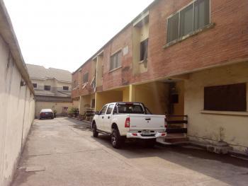 a Lovely 3 Bedroom Terrace Semi-detached Duplex with Bq, Makoko Road, Adekunle, Yaba, Lagos, Terraced Duplex for Sale