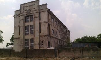 Plaza, Along Next Cash and Carry, Mabuchi, Abuja, Plaza / Complex / Mall for Sale