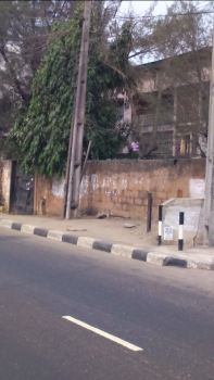 a Block of Flat on a Vast Land, Ikorodu Road, Palmgrove, Shomolu, Lagos, Block of Flats for Sale
