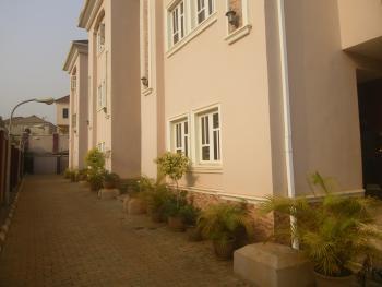 2 Bedrooms, Wuye, Abuja, Terraced Duplex for Rent