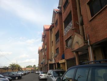 3 Bedroom  Maisonette, Harmony  Court, Iponri, Surulere, Lagos, Terraced Duplex for Sale