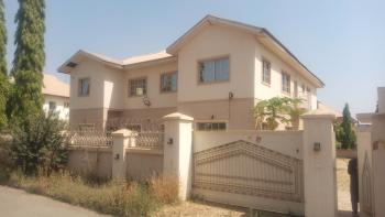 a Solidly Built Detached Duplex  (to Be Litely Renovated) with Massive Compound, Sunnyvale Estate, Dakwo, Abuja, Detached Duplex for Rent