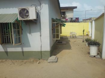 4 Bedroom Flat with C of O, Babalola Street, Off Ijesha Road., Ilasamaja, Mushin, Lagos, Flat for Sale