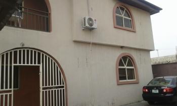 a 4 Bedrooms Flat, Lekki Phase 1, Lekki, Lagos, Flat for Rent