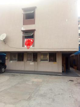 Hotel, Obanikoro Estate, Gbagada Phase 1, Gbagada, Lagos, Hotel / Guest House for Sale