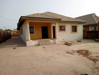 Twin 2 Bedroom Flat with Self Contained, Ilorin South, Kwara, Block of Flats for Sale