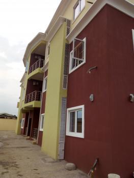 Luxury 3 Bedroom Flat in Ojodu, Ojodu Berger, Ojodu, Lagos, Flat for Rent