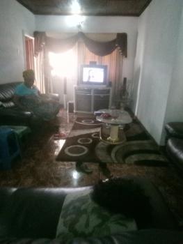 Neat, Spacious and Structurally Sound 2-bedroom Flat, Close to Kakanfo Inn, Joyce B, Iyaganku, Ibadan, Oyo, Flat for Rent