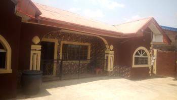 Luxury 3 Bedroom Flat, Aroro-makinde, Gospel Town, Ojo, Akobo, Ibadan, Oyo, Mini Flat for Sale
