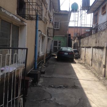 3 Bedroom, Ogunlana Drive, Ogunlana, Surulere, Lagos, Office Space for Sale