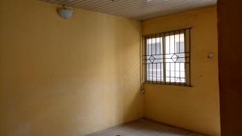 a Fairly Used Mini Flat, Abule Oja, Yaba, Lagos, Mini Flat for Rent