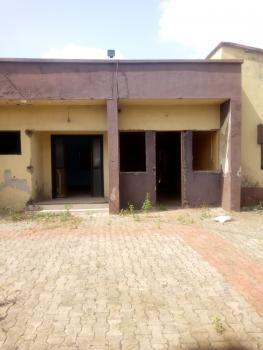 5 Bedrooms Bungalow, Ogudu, Lagos, Detached Bungalow for Sale