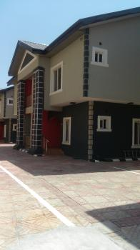 Newly Renovated 3 Bedroom Penthouse with Acs, Swimming Pool, 24hrs Light, Oniru, Victoria Island (vi), Lagos, Flat for Rent