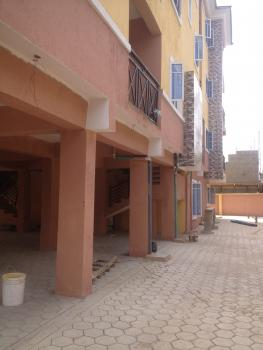 Newly Built All Rooms En Suit Spacious 3 Bedroom Upstairs, Off Ishaga Road, Ojuelegba, Surulere, Lagos, Flat for Rent