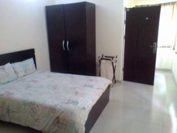 Conducive 2 Bedroom Apartment- Available Weekly, 65 Ajiran Road, Agungi, Lekki, Lagos, House Short Let