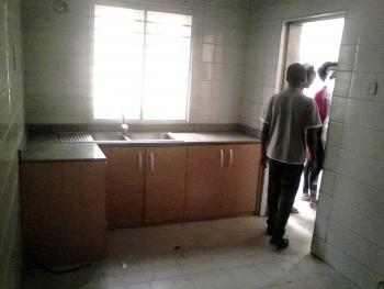 Standard 3 Bedroom, Morgan Estate, Ojodu, Lagos, Flat for Rent