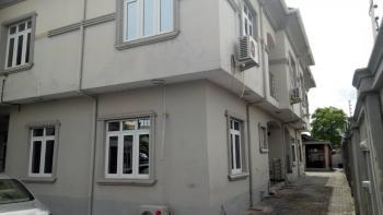 Well Maintained 4 Bedroom Duplex, Lekki Phase 1, Lekki, Lagos, Terraced Duplex for Rent
