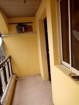 Lovely Convenience 2 Bedroom, Yaba, Lagos, Flat for Rent