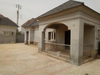 3 Bedroom +2 Rooms Boys Quarter, Gwarinpa, Abuja, Detached Bungalow for Rent