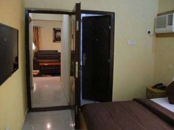 Hotel Lodging, Off Allen Avenue, Behind Centage Plaza, Allen, Ikeja, Lagos, Hotel / Guest House Short Let
