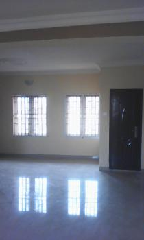 New and Exquisitely Finished 3-bedroom Apartment, State Hospital Road, Off Ring Road, Ibadan, Oyo, Flat for Rent