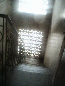 Spacious Room Self with Big Kitchen for Rent, Finbarrs Colledge Road, Akoka, Yaba, Lagos, Self Contained (studio) Flat for Rent