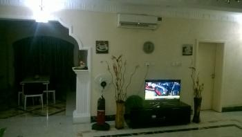 Fully Serviced Apartment, Off Ahmadu Bello Way, Kado, Abuja, Flat Short Let