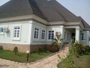 Luxury 4 Bedrooms Bungalow and 2 Bedrooms Bq, Off Sapele Road, Benin, Oredo, Edo, Detached Bungalow for Sale