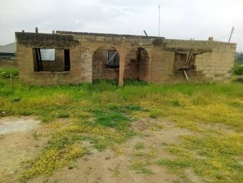 a 901sqm Land with a 4 Bedroom Bungalow, Orita, Academy, Challenge, Ibadan, Oyo, Mixed-use Land for Sale